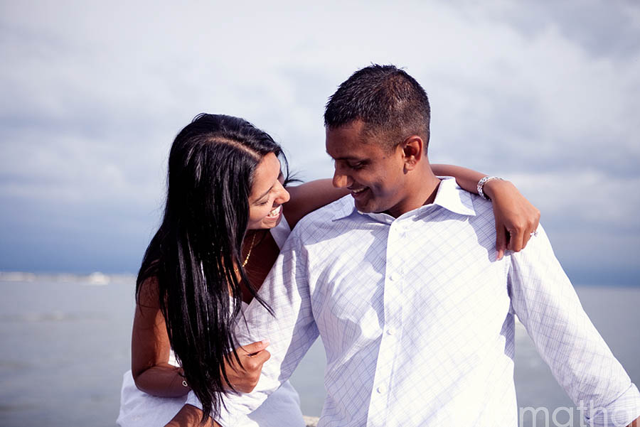 chicago wedding photography images | e-session, lake michigan, modern portraits