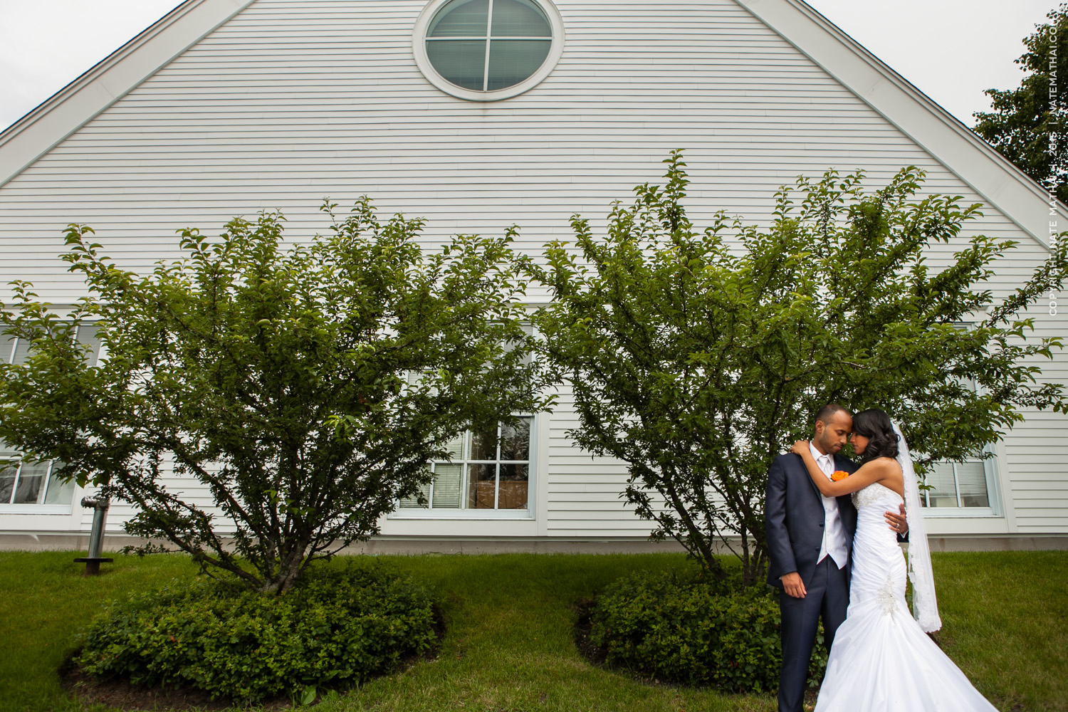 great photography for Taniya and Jeffrey's Wedding by chicago wedding photographer nate mathai
